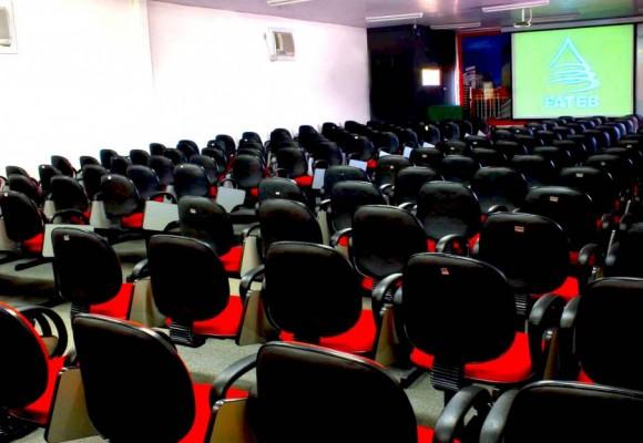 sala-de-convenções-2-1024×633
